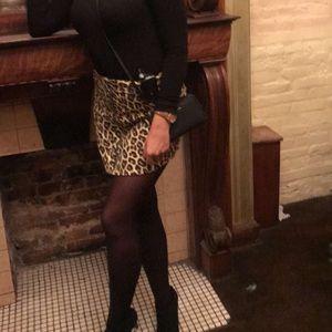 Forever 21 leopard zip skirt